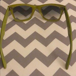Ray-Ban Accessories - Ray Ban women's sunglasses